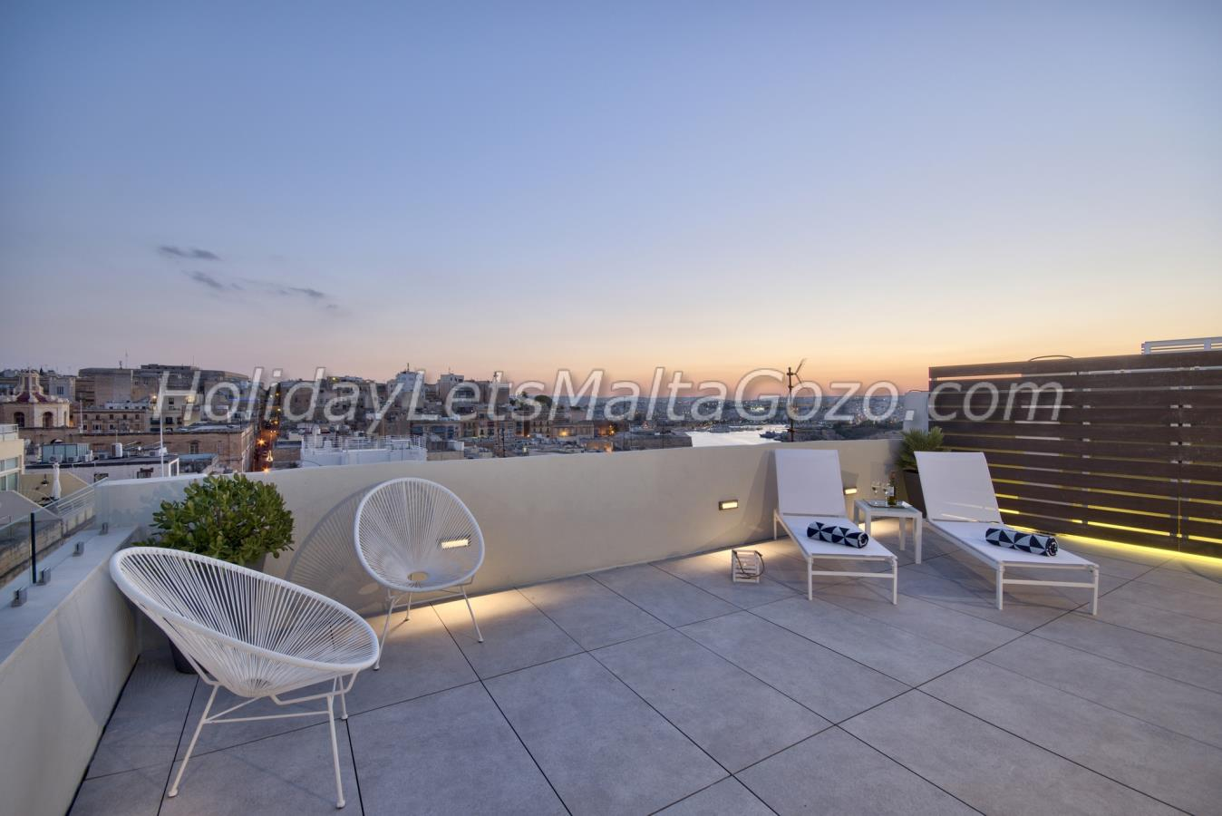 Panoramic views from roof terrace